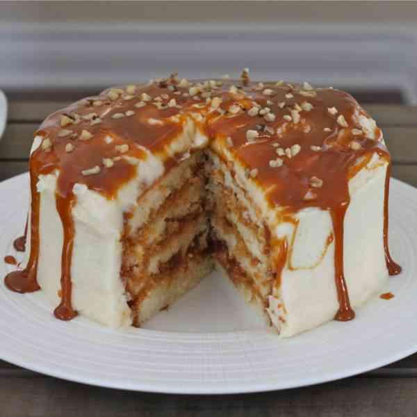 דארק סייד - נוזל אידוי פרימיום בטעמי תערובת בצק עוגיות ברפרפת ווניל, ריבת חלב, מייפל ואגוזי לוז.